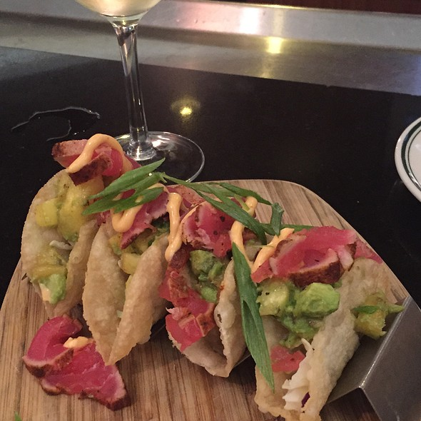 Ahi Tacos - Daily Grill - Burbank Marriott Hotel, Burbank, CA