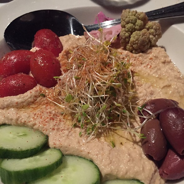 Hummus - Meddlesome Moth, Dallas, TX