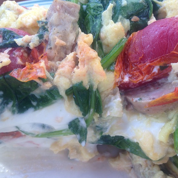 Lina's Breakfast Sandwich: Andouille Sausage, Spinach, Goat Cheese, Tomatoes Or Toast - Americana Restaurant, Del Mar, CA
