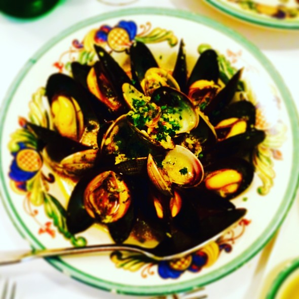 Clams & Mussels In White Wine Sauce - Trattoria Contadina, San Francisco, CA