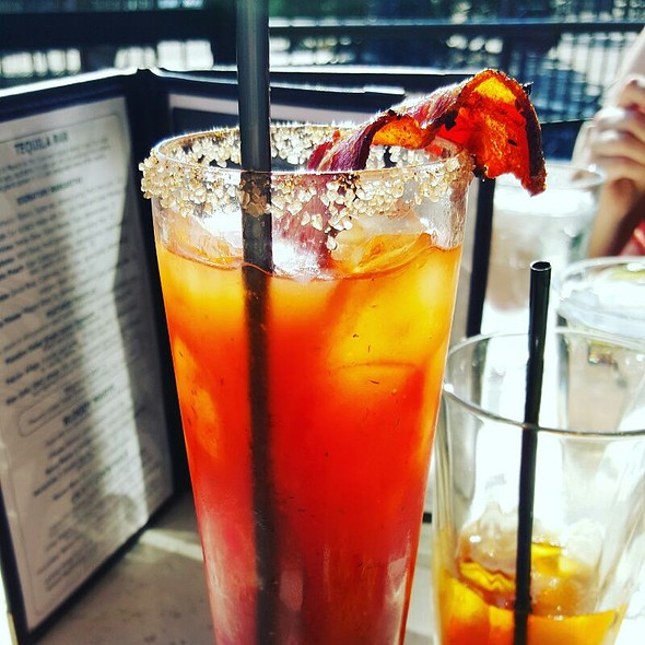 Bacon Bloody Mary - Manzana - Lake Oswego, Lake Oswego, OR