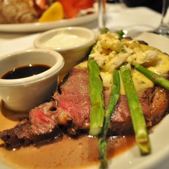 Prime Rib - Chart House Restaurant - Boston, Boston, MA