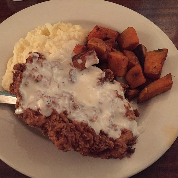 Chicken Fried Chicken - Hyde Park Bar & Grill - Duval, Austin, TX