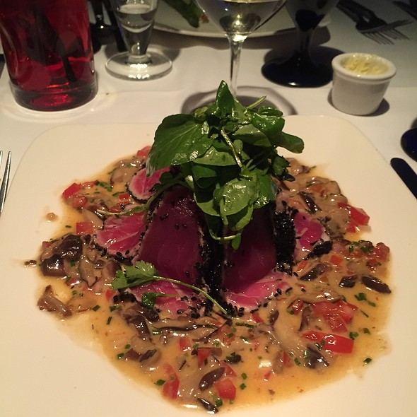 Ahi tuna - Chandlers Steakhouse, Boise, ID