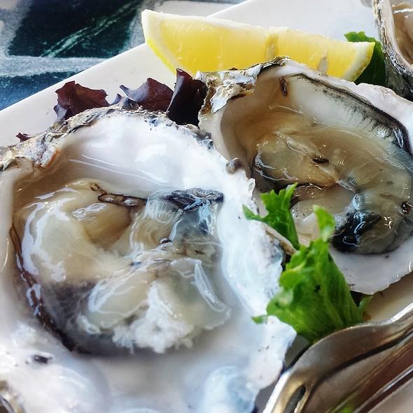 Oysters - Capurro's, San Francisco, CA