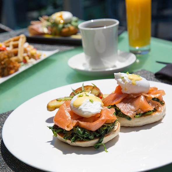 Eggs Benedict - Area 31 - Epic Hotel, Miami, FL