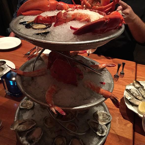 Shellfish Sampler - Rick Moonen's RM Seafood, Las Vegas, NV