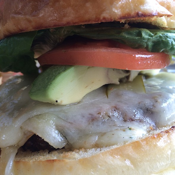Cheeseburger With Avacado - Champignon, New York, NY
