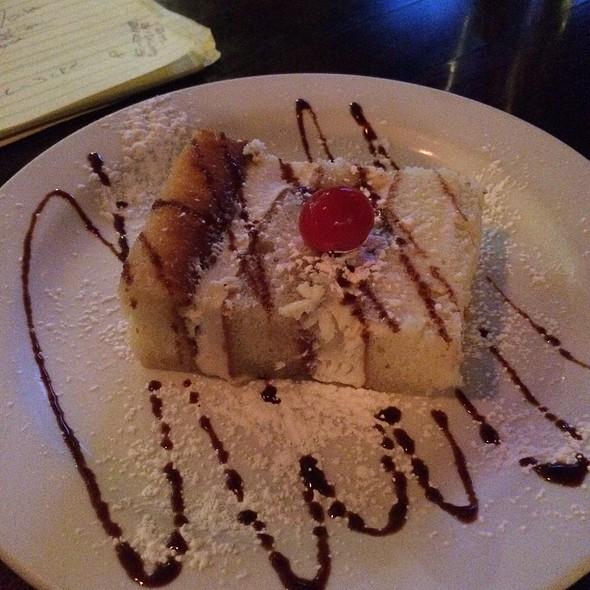 Cassada Cake - Vito's Sicilian Pizzeria & Ristorante, St. Louis, MO
