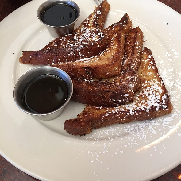 FrenchToast - Piero's Italian Restaurant, Huntingdon Valley, PA
