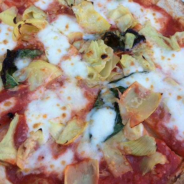 Artichoke Pizza - Olio e Più, New York, NY