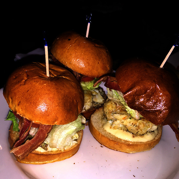 Trio Of Sliders - Morton's The Steakhouse - Chicago - The Original, Chicago, IL
