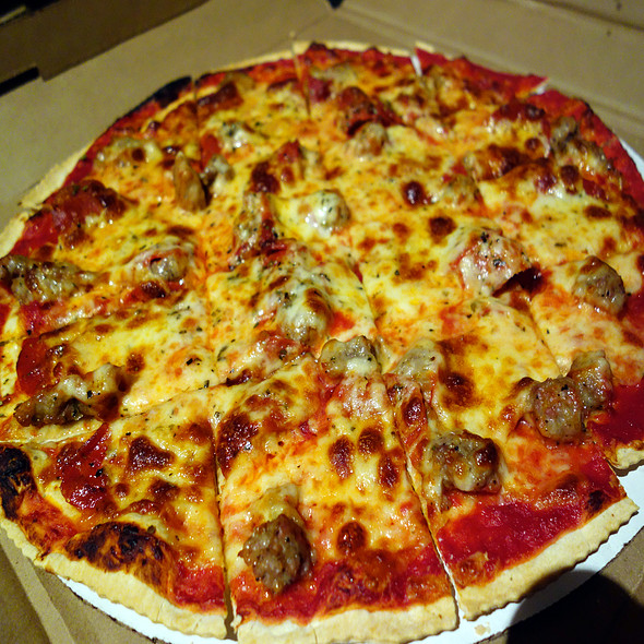 Sweet Italian Sausage Pizza - D'Agostino's - Wrigleyville, Chicago, IL