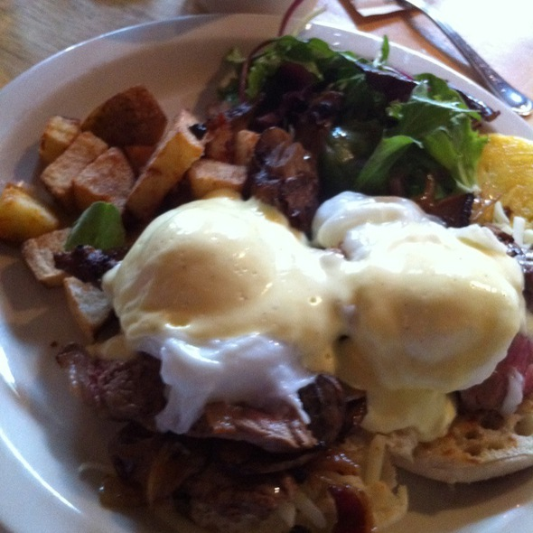 Steak And Cheese Eggs Benedict - The Frog and Turtle, Westbrook, ME