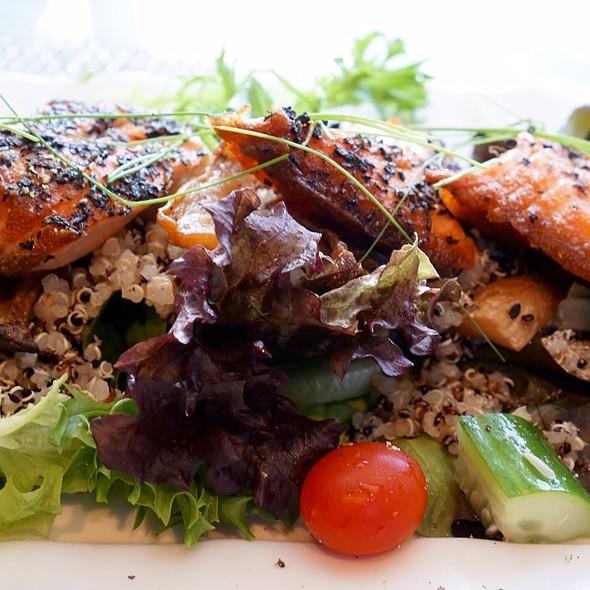 Grilled Salmon Quinoa Salad - Stage Restaurant Hawaii, Honolulu, HI
