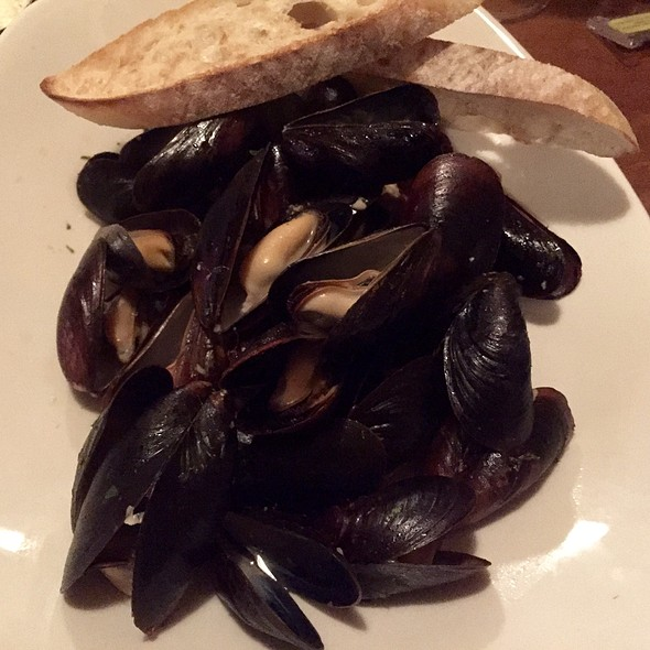 Mussels With White Wine, Garlic, Parsley, And Grilled Bread - Parkers Blue Ash Tavern, Blue Ash, OH