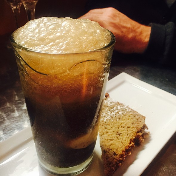 Root Beer Float & Banana Cake - R Bistro, Indianapolis, IN