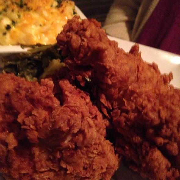 fried chicken - Lucille's, Houston, TX