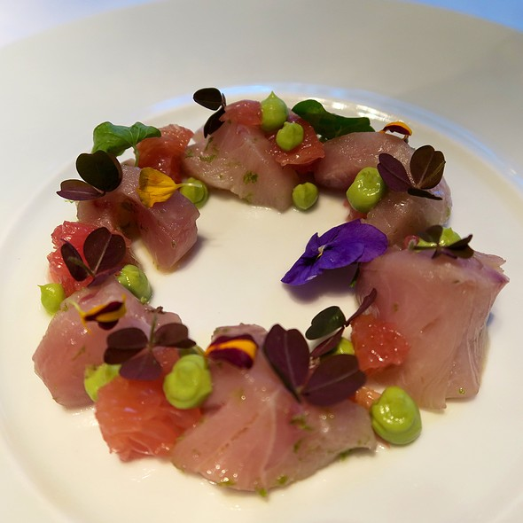 Hamachi With Avocado And Grapefruit - Caviar Russe, New York, NY