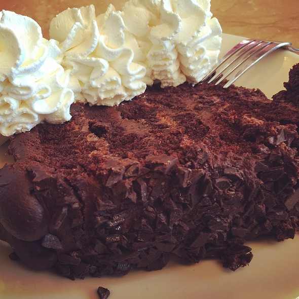 The Cheesecake Factory - King of Prussia Restaurant - King ...