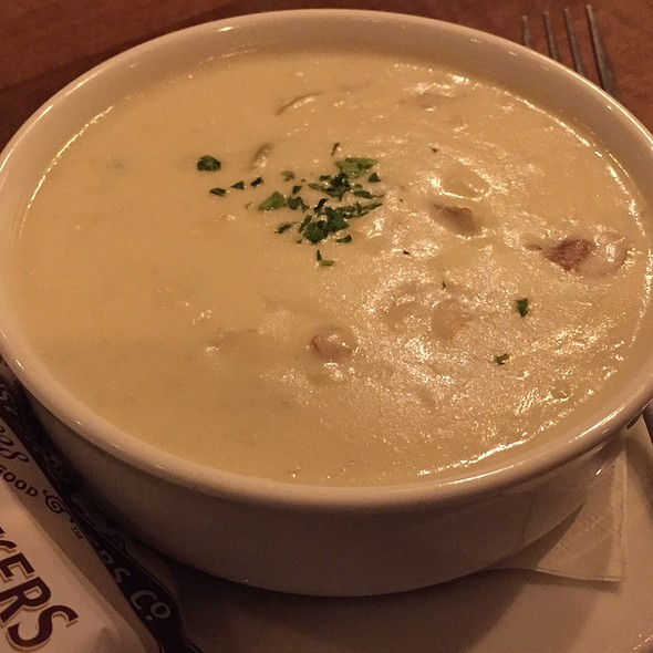 New England Clam Chowder - Windjammer Restaurant, South Burlington, VT