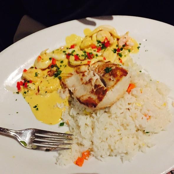 Mahi Seafood Combo - Jaguar, Coconut Grove, FL