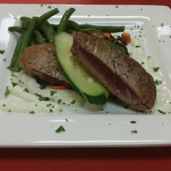 Seared Ahi Tuna - METRO, Milwaukee, WI