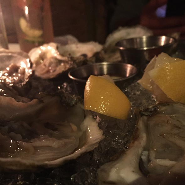 $1 Oysters - The Hamilton Inn, Jersey City, NJ