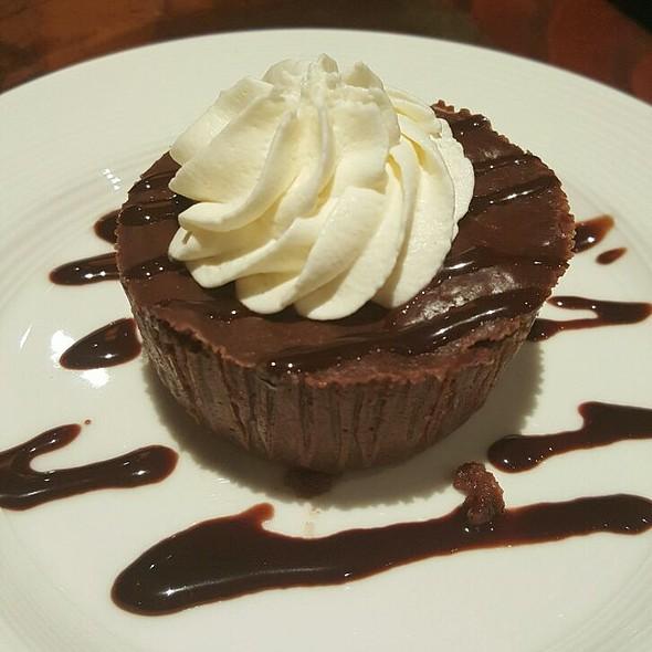 flourless chocolate cake - Lobster Shop South, Tacoma, WA