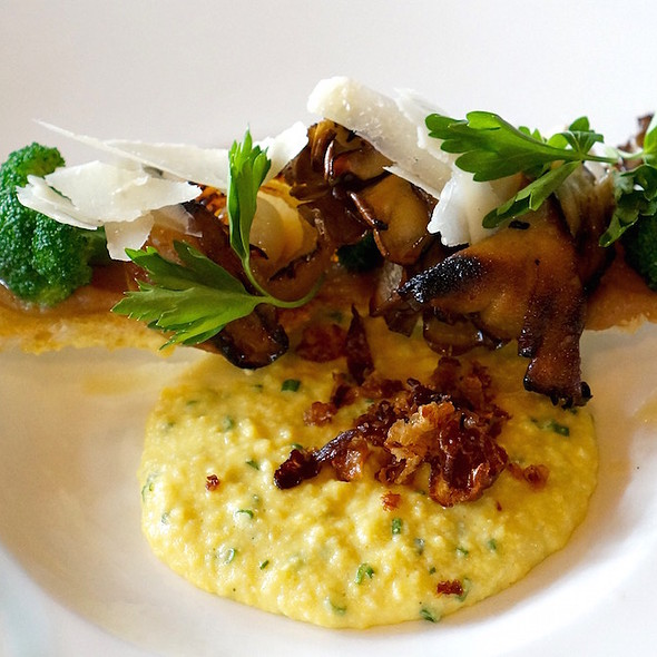 Creamy scrambled eggs, guanciale, quince jam crouton, cipollini, broccoli, mushroom, parmesan - North Pond, Chicago, IL