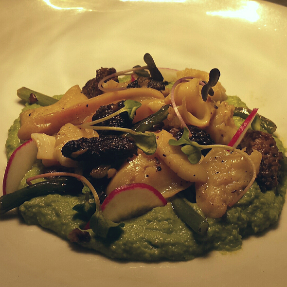 Surf Clam with chanterelles and spring pea puree - Blue Point Grille, Cleveland, OH