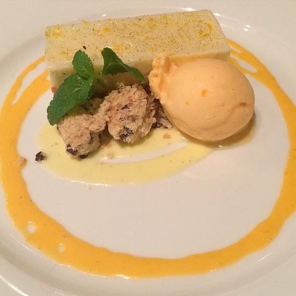 Creamsicle - Restaurant Orsay, Jacksonville, FL