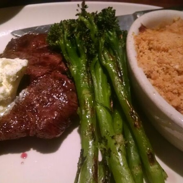 7X Steak - East Bay Grille, Plymouth, MA