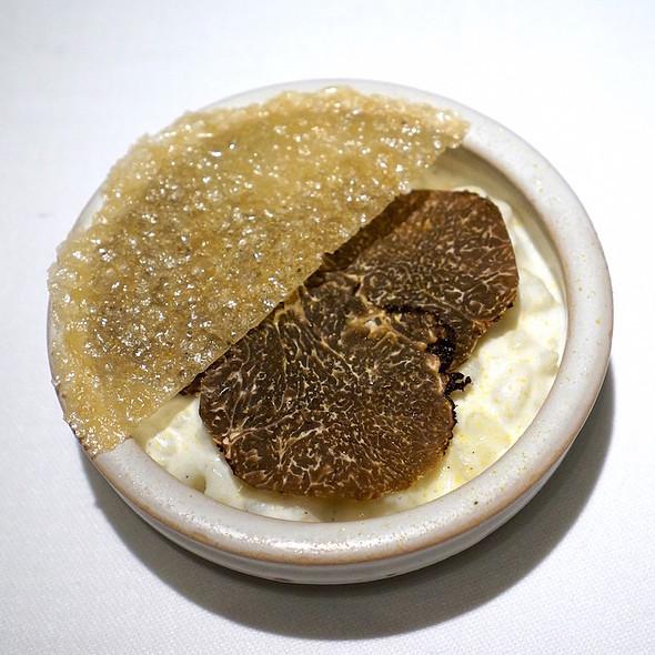 Arborio rice, mandarin sugar tuile, mulberry, Périgord black truffle - TRU, Chicago, IL