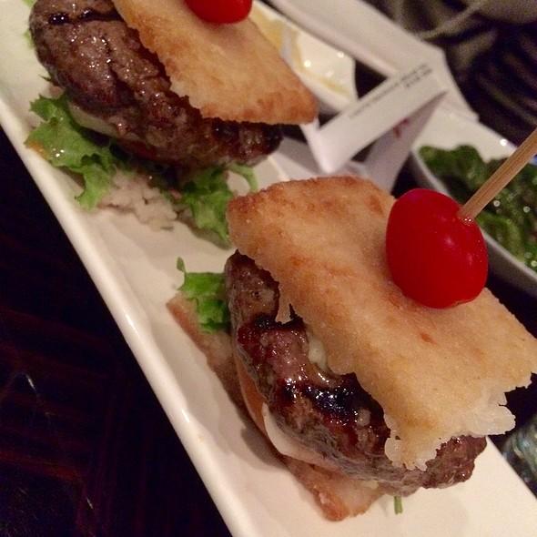 Kobe Beef Sliders - Izakaya M Sushi, Sherman Oaks, AL
