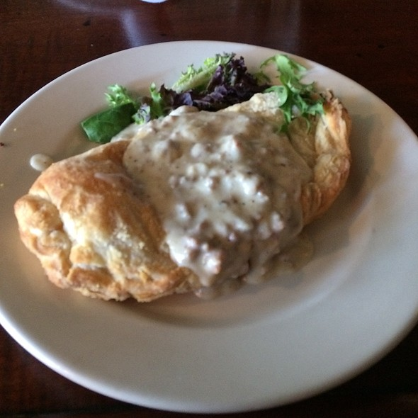 Breakfast Pastie - Scottish Arms, St. Louis, MO