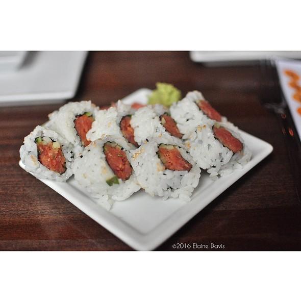 Spicy Tuna Roll - Nara - Kansas City, Kansas City, MO