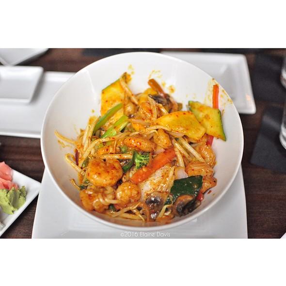 Shrimp Red Curry - Nara - Kansas City, Kansas City, MO