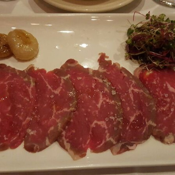 45 Day Aged Beef Carpaccio - Moishes, Montréal, QC