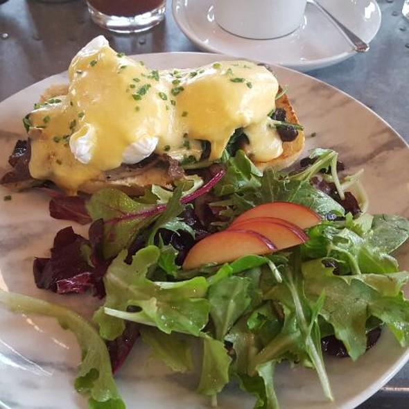 Eggs Benedict With Wild Mushrooms - Drake Devonshire Inn, Wellington, ON