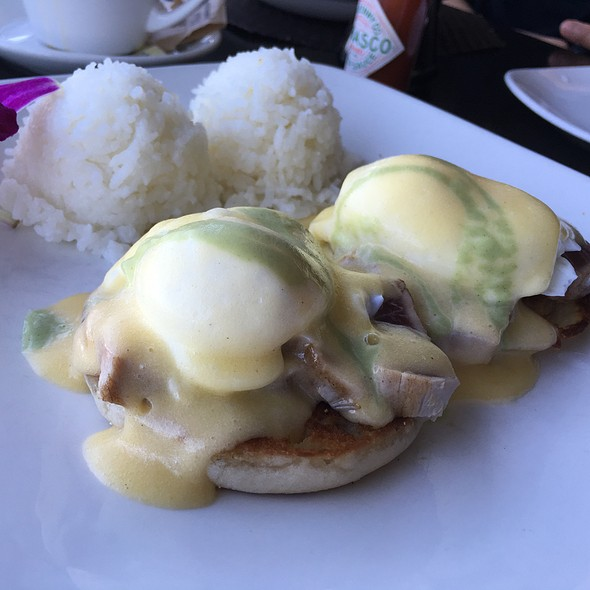 Mahi Mahi Eggs Benedict - The Plantation House Restaurant, Kapalua, HI
