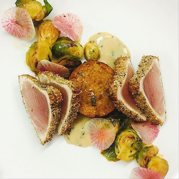 Wonton Crusted Tuna - Hart House Restaurant, Burnaby, BC