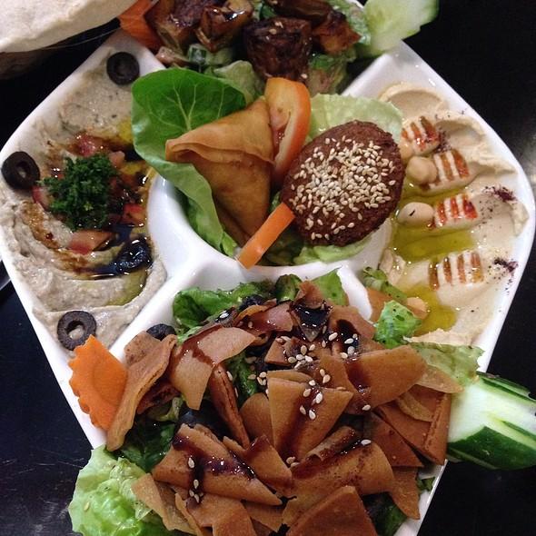 Tempat Makan Best di Shah Alam: mozer shah alam