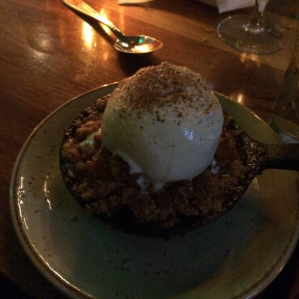 Apple Crisp - Stars Restaurant - Rooftop & Grill Room, Charleston, SC