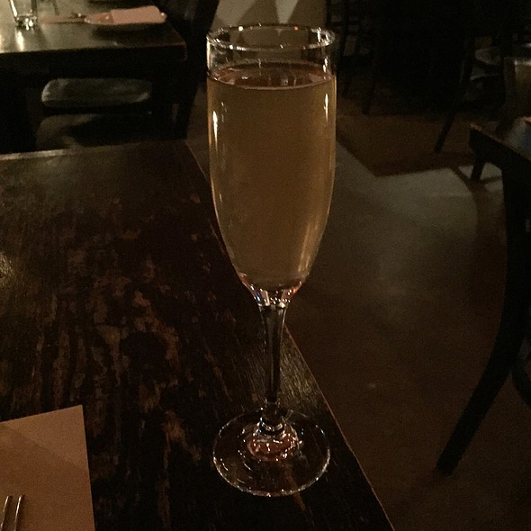 Champagne With Ginger Cinnamon Tea - Do Hwa, New York, NY