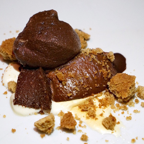 S'mores – dark chocolate sorbet and mousse, graham cracker crumble, toasted marshmallow - Posh - Scottsdale, Scottsdale, AZ