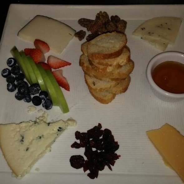 Cheese Plate - North Beach Bistro, Atlantic Beach, FL