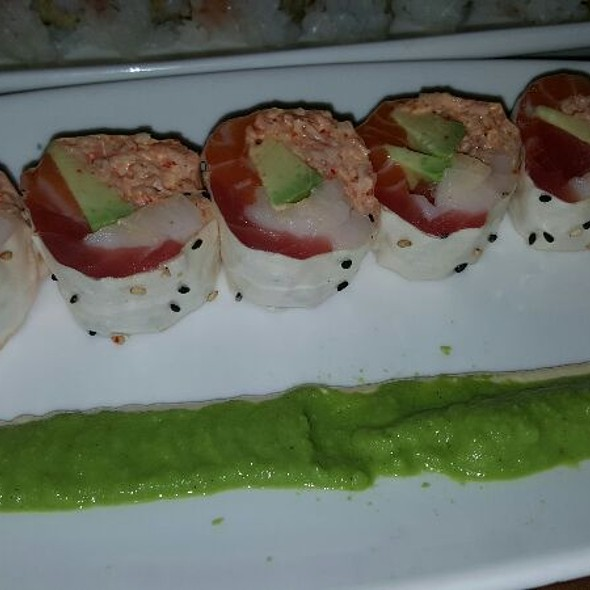 Jennica Roll - Uni Sushi, The Woodlands, TX