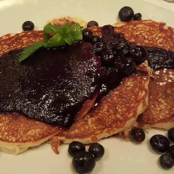 Blueberry Pancake - Rue 57, New York, NY