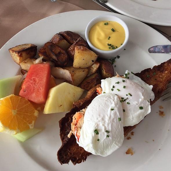 Maine Lobster Eggs Benedict - Geoffrey's Restaurant, Malibu, CA